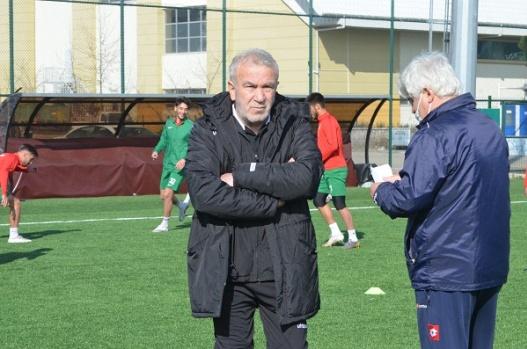 Yalovaspor'da teknik direktörlüğe Bayram Koçgündüz getirildi