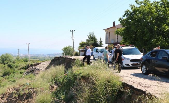 AFAD ekibi heyelan bölgesinde inceleme yaptı
