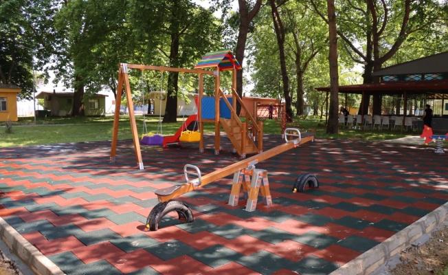 Yalova'da Oyun Alanları Yenileniyor