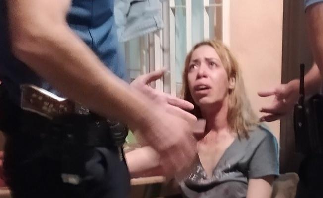 İki kadın arasında bıçaklı kavga: 1 yaralı