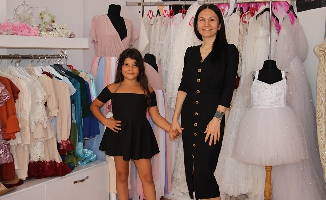 Kızı için diktiği elbise hayatını değiştirdi