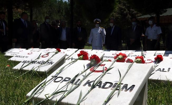 Onarımı tamamlanan Akköy Şehitliği ziyarete açıldı