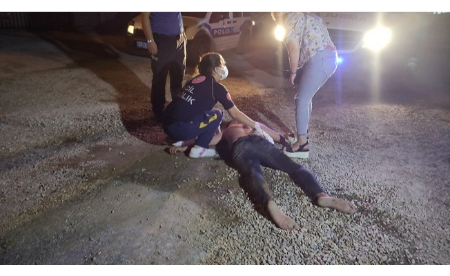Tartıştığı adamın arabasını duvara vurdu, sonu kanlı bitti!
