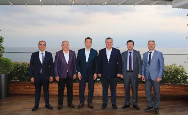 Yalova'daki CHP'li başkanlar İmamoğlu ile bir araya geldiler