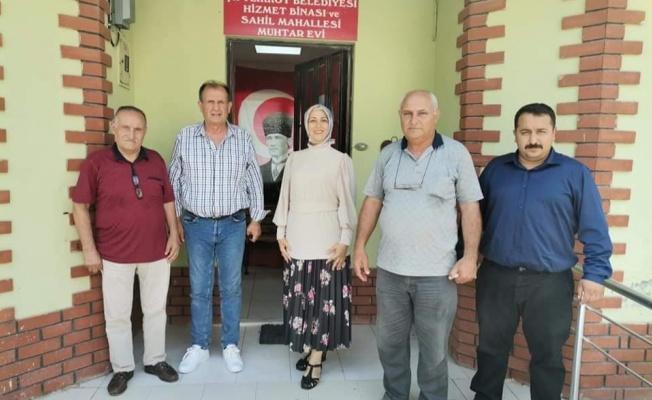 Yılın en başarılı muhtarına MHP'den tebrik ziyareti