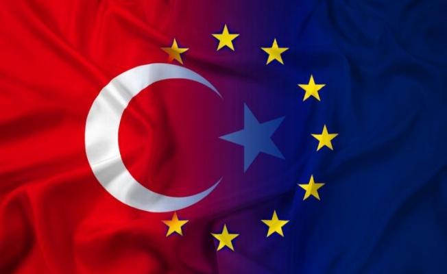 AB, Türkiye dahil 3 ülkenin Covid-19 aşı sertifikasını tanıma kararı aldı