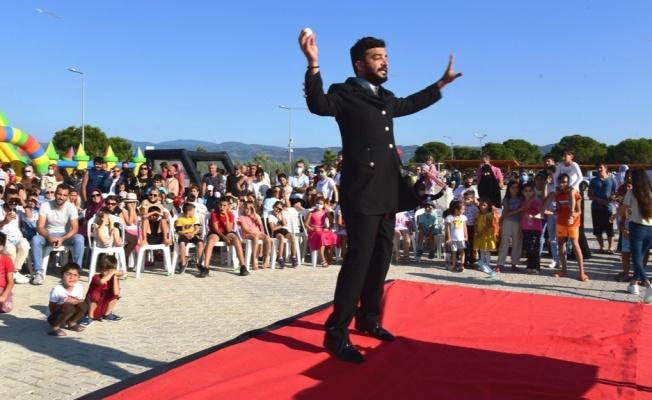 'Altınova Çocuk Etkinliği' renkli görüntülere sahne oldu