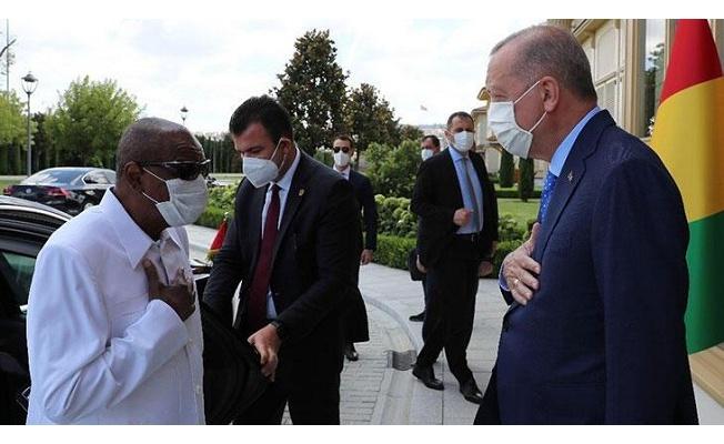 Cumhurbaşkanı Erdoğan, Gine Cumhurbaşkanı Alpha Conde'yle görüştü