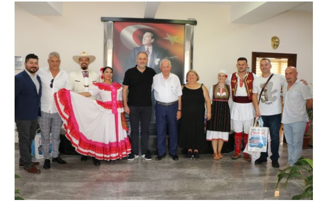 Makedonya ve Meksika'dan Yalova'ya misafir oldular