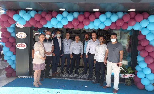 MHP Yalova İl ve İlçe Yönetimi, Yavuz Gıda'nın açılışına katıldı.
