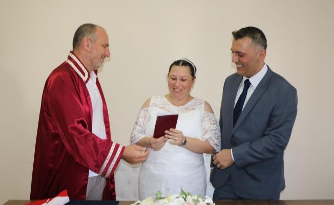 Numan Soyer, Özlem ve Zafer çiftinin nikahını kıydı