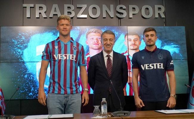 Trabzonspor'dan Cornelius ve Dorukhan Toköz'e imza töreni düzenlendi