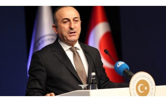 """""""Tüm sorunları tek başına Türkiye'nin üstlenmesini beklemek doğru değil"""""""
