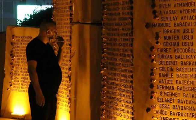Yalova'da Marmara Depremi'nde hayatını kaybedenler anıldı