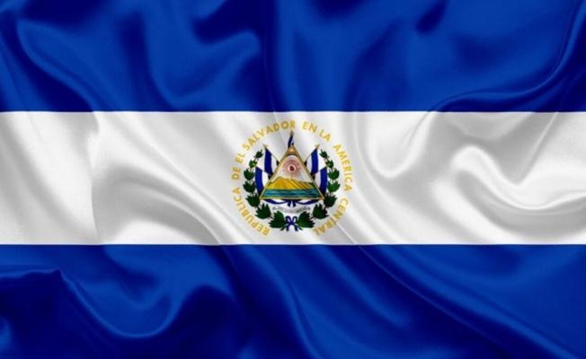 El Salvador'da Bitcoin protesto ediliyor