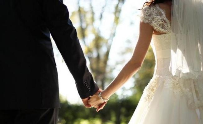 Yalova'da salgına rağmen düğünler durmadı