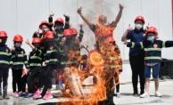 Yangına çocuklar müdahale etti