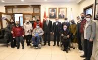 Vali Erol, Türkiye Beyazay Derneği üyeleriyle bir araya geldi